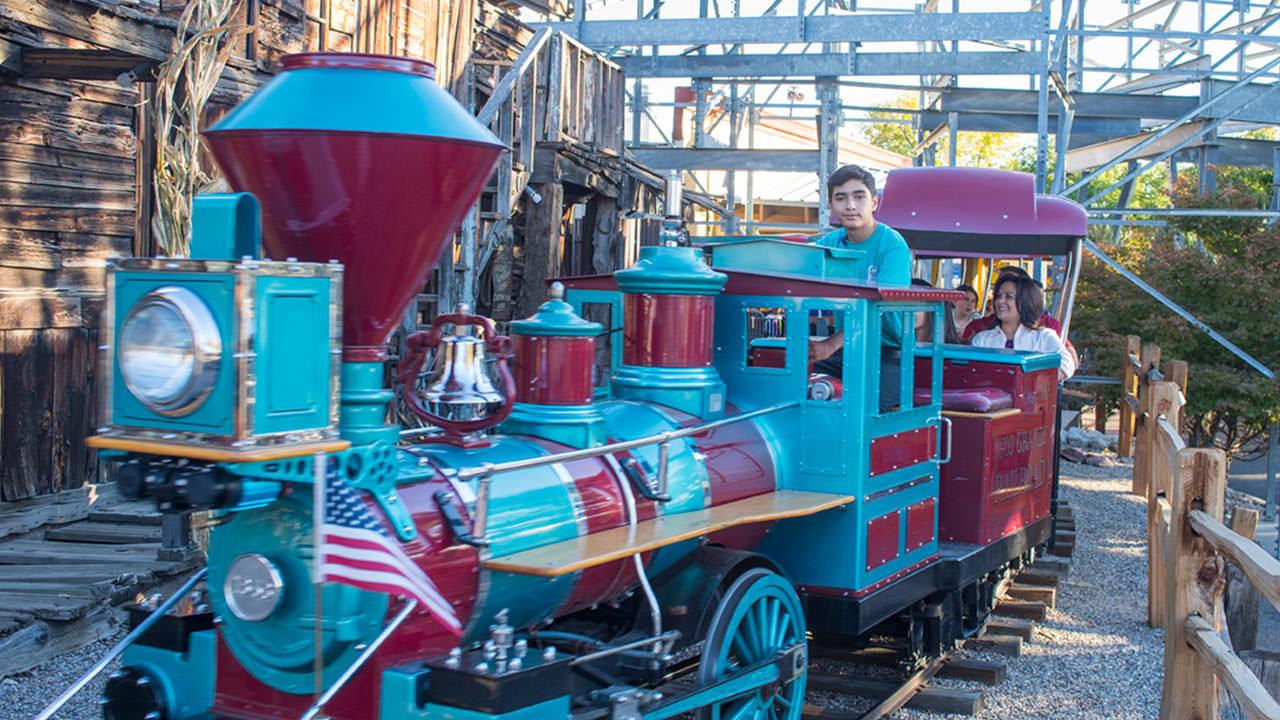 Train ride at Cliffs Amusement Park